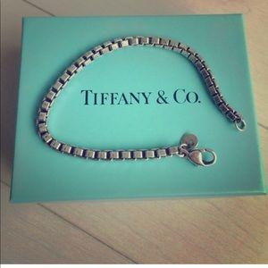 T&Co. chunky box chain bracelet